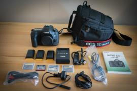 Camera Canon EOS 5D Mark III DSLR with 24-105mm lens